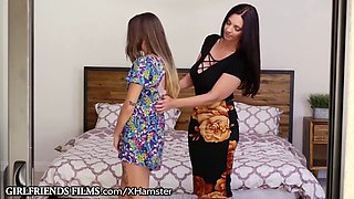 Girlfriendsfilms milf mindy helps teen relax in bath and bed