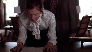 Maggie gyllenhaal - secretary (2002