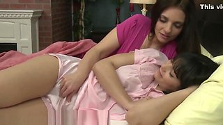 Innocent Teen Taught how to Cum with Mature Lesbian