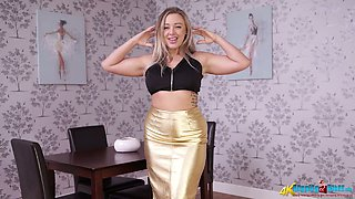 Bodacious mommy Beth strips and exposes her amazing curves