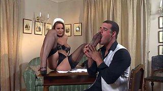 Samantha Jolie the horny maid