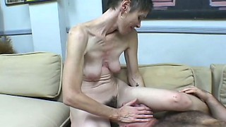 Skinny old whole makes client to lick hairy pussy sitting on his face
