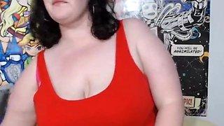Fat Brunette Mom Fingering Her Huge Hairy Clit