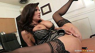 Veronica Erotic Sex Scene At Office
