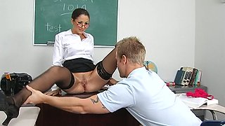 Hot brunette teacher Baby Jayne gets pussy licking from her student