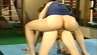 Hot and sporty young pale skin babe fucked in the gym