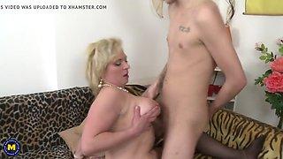 mature mom seduce young lucky son