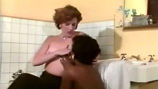 Dark skinned mamma eats white pussy having steamy lesbian sex in a toilet