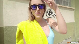 Zoe Doll takes off her bathing suit for a shagging session