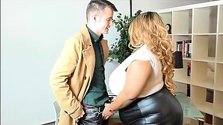 Busty British BBW Superstar Shanice Richards Rides