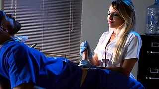 Kinky huge boobs blondie nurse pounded in hospital ward