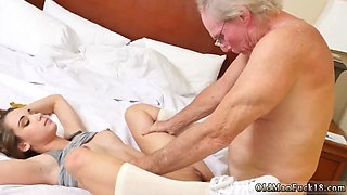 Teen feet naked first time Introducing Dukke