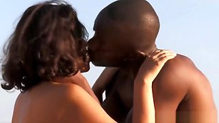 Exotic African Lovemakers Outdoors