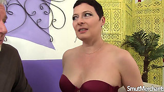kali karinena sizes cock for her mature snatch