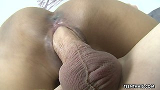 Flat chested Thai slut Sugar gives a blowjob and rides dick of her client