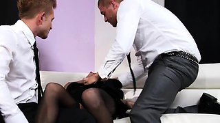 Huge tits tattooed emo double penetrated while blindfolded