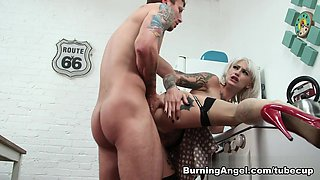 Exotic pornstar Kleio Valentien in Horny Stockings, Cunnilingus sex scene