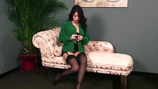 Slutty Idol Gets Cumshot On Her Face Swallowing All The Jizz