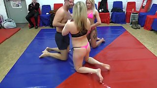 2 on 1 mixed wrestling
