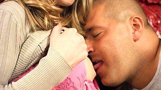 Sensual nympho gapes tight quim and loses virginity