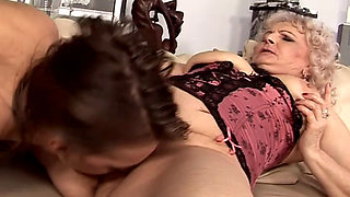 mature Marianne Threesome Lez granny