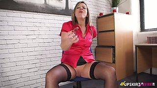 Slutty secretary in stockings and short skirt Lou Pierce shows off her slit