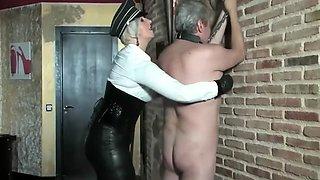 MILF Mistress trains her slave