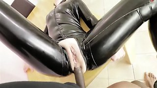 latex sex (levluv)