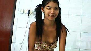 Stunning Thai teen teasing me with anal masturbation scene on webcam session