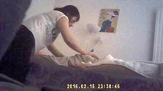 Girl in a chinese massage parlour working on my cock pt. 1