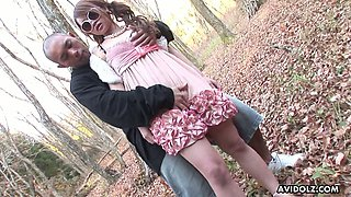Sex-appeal Asian chick Ayumi Inamori is fucked by stranger in the park