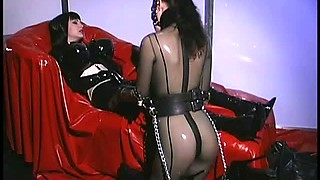 Anastasia Pierce Latex Action With Submissive Babe
