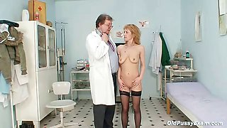 Skinny MILF pussy gyn exam by kinky doctor