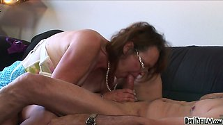 Nasty granny Kathleen Violet pleases her aged neighbor