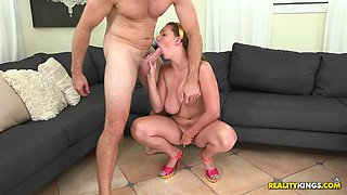 Brooke Wylde lets a man play with her big tits before they fuck