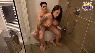 paris fucked in the bathroom by her teen