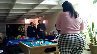 perfect pool playing pawg