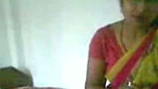 Indian aunty fucked by hubbys friend