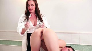 Doctor fingers and licks sexy babe's ass on the table