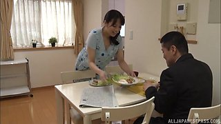 Amazing Mishima Natsuko knows what a naughty guy wants from her