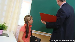 Beautiful teenage college babe Anna gets kinky with her teacher