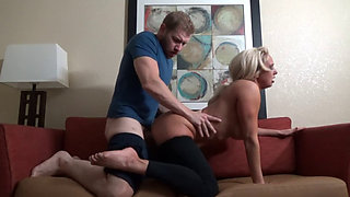 Mom's Post Workout Massage -Olivia Fox HD