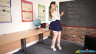 Perverted teacher Sophia Delane shows her ass and juicy pussy