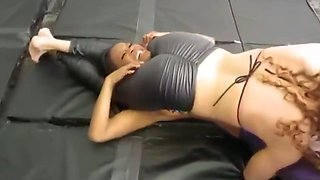 competetive female wrestling