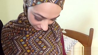 Arab chick earns money by fucking her boss and his massive cock