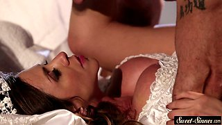 Bride milf fucked deeply and jizzed on tits