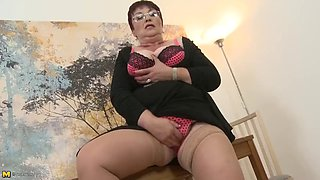 Granny school teacher needs a good fuck