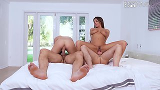 Adria Rae and Anissa Kate are great at bouncing on boners