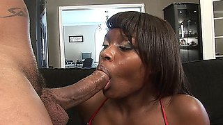 SEXY GHETTO BABE GABRIELLE HUNTER SUCKS AND FUCKS A BLACK COCK