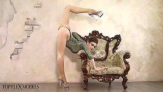 contortionist ekatrina